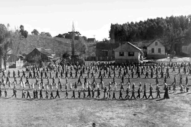Missões Capuchinhas em São Gotardo em 1953 0/Acervo pessoal de Gabriel Aldecir Marini