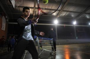 A derrota de Bellucci para Nadal motivou garoto da Zona Norte ingressar no tênis Felipe Nyland/Agencia RBS