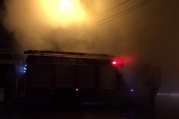 Incêndio atinge o restaurante Zanuzi, no centro de Caxias do Sul DMS Monitoramento/Divulgação