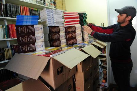Sábado será de livros na Praça Dante Alighieri, em Caxias do Sul (Roni Rigon/Agencia RBS)