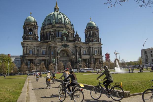 Berlim sobre duas rodas Sascha Möllering/Berlin on Bike,divulgação