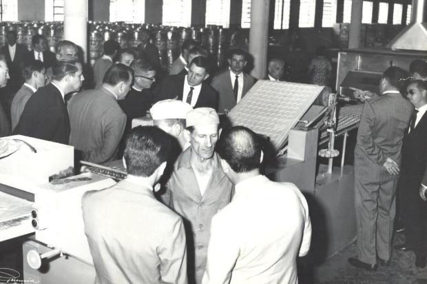 Inauguração do novo Pastifício Caxiense em 1963 Studio Geremia/acervo de família,divulgação
