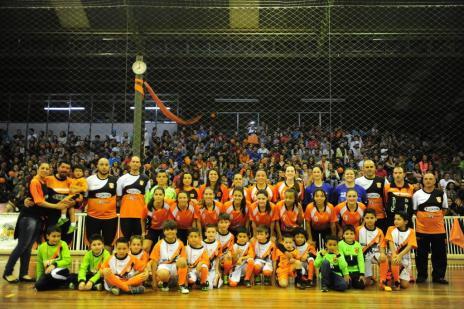MGA Games vence a Celemaster duas vezes em Uruguaiana e é bicampeã gaúcha de futsal feminino (Roni Rigon/Agencia RBS)