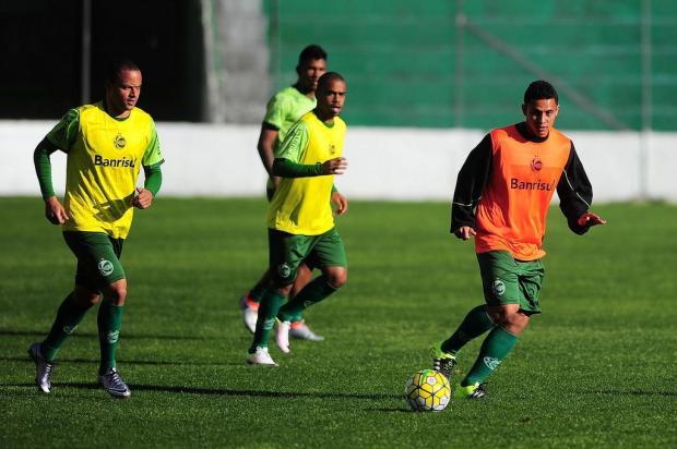 Sem Lucas e Felipe Lima, Juventude inicia viagem para o primeiro duelo contra o Atlético-MG Porthus Junior/Agencia RBS