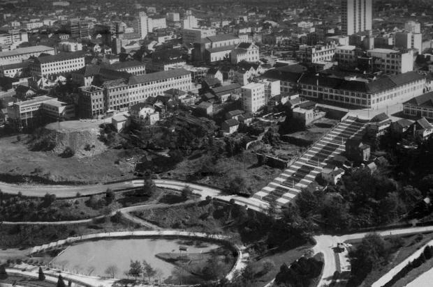 Mirante do Parque dos Macaquinhos em 1965 Studio Geremia/Acervo de família,divulgação