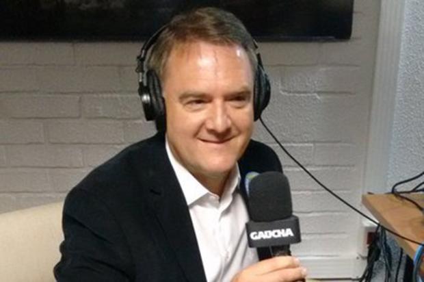 """""""Nós temos que dar um choque de gestão e de economia"""", diz o candidato a prefeito de Caxias Edson Néspolo Gaúcha Serra/"""