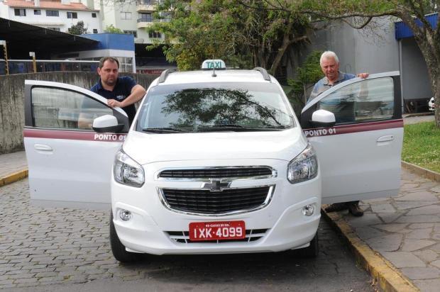 Justiça determina que prefeitura abra licitação de 236 táxis que estão operando em Caxias Jonas Ramos/Agencia RBS