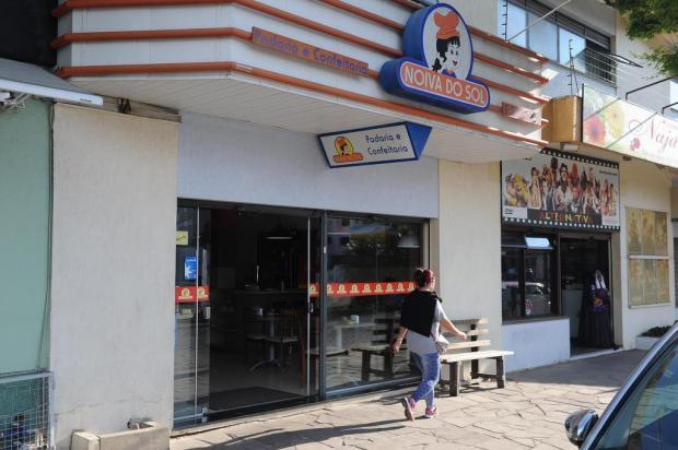 Baleado durante assalto a padaria, em Caxias, é transferido para o quarto Felipe Nyland/Agencia RBS