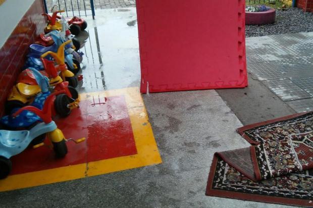 Chuva provoca infiltrações em creche no bairro Pôr do Sol, em Caxias do Sul Marcos Segalla/Divulgação