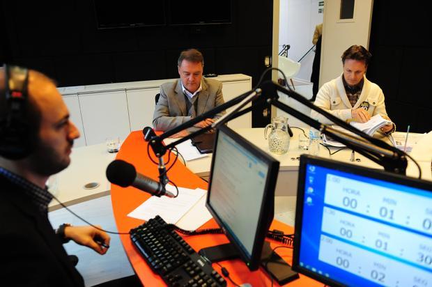 Primeiro debate entre Guerra e Néspolo é marcado por provocações Roni Rigon / Agência RBS/Agência RBS