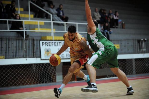 No Vascão, Caxias do Sul Basquete bate o Corintians, de Santa Maria, por 88 a 40 Felipe Nyland/Agencia RBS