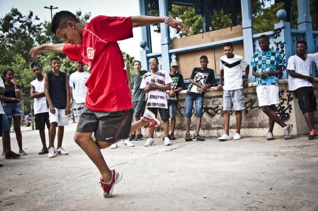 3por4: Documentário do passinho na agenda do Caxias em Movimento divulgação/divulgação