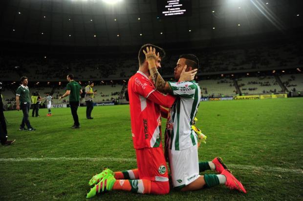 Com mais uma grande atuação, goleiro Elias foi um gigante na Arena Castelão Porthus Junior/Agencia RBS