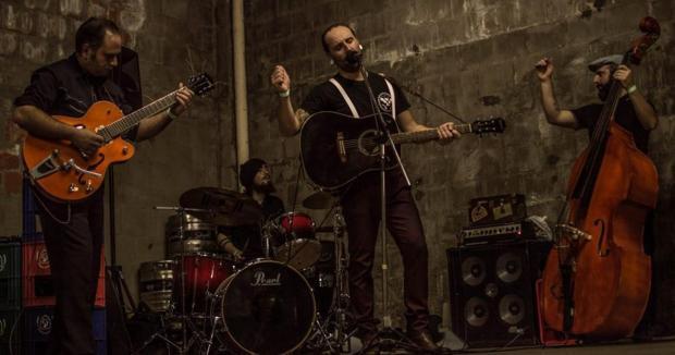 Banda Lennon Z e The Sickboys Trio fará show nesta terça, em Caxias Gabriel Frezza/Divulgação