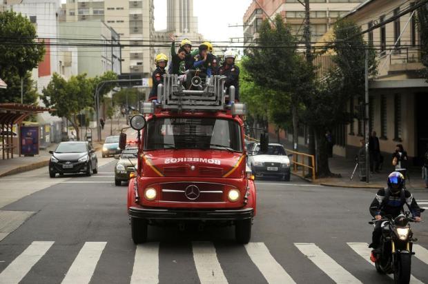 Crianças têm dia de herói em Caxias Diogo Sallaberry/Agencia RBS