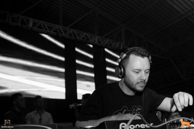 3por4: DJ Daniel Dalzochio aquece Greentec Night Run neste sábado Jenifer Abreu/Divulgação