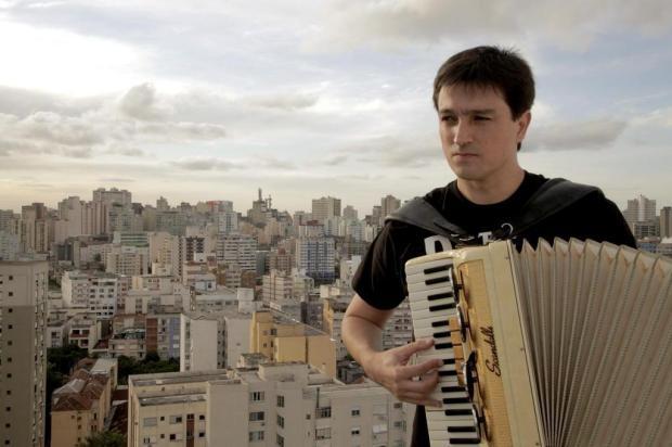 Beatles no acordeon faz show nesta quinta, em Caxias Divulgação/Divulgação