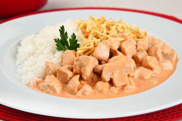 Prepare um delicioso estrogonofe de frango Arisco / Divulgação/Divulgação