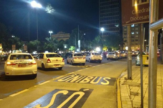 Taxistas fazem protesto por mais segurança em Caxias do Sul Mateus Pinto/Divulgação
