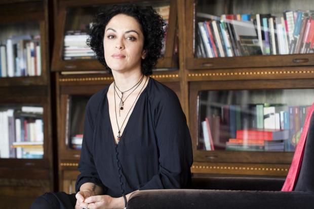 Marcia Tiburi conversa com leitores nesta sexta-feira, em Caxias do Sul Simone Marinho/Divulgação