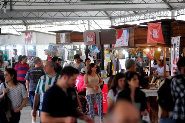 Cerca de 40 livreiros estão aptos a participar da Feira do Livro de Caxias Roni Rigon/Agencia RBS