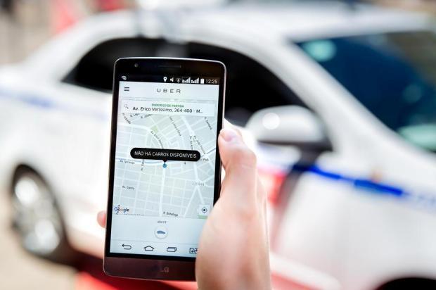 MP recomenda que prefeitura deixe de multar motoristas do Uber em Caxias Omar Freitas/Agencia RBS