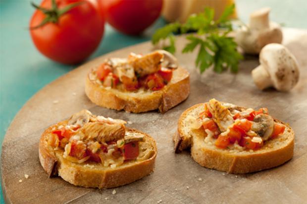 Aprenda a fazer bruschettas de sardinha, tomate e cogumelo Coqueiro / Divulgação/Divulgação