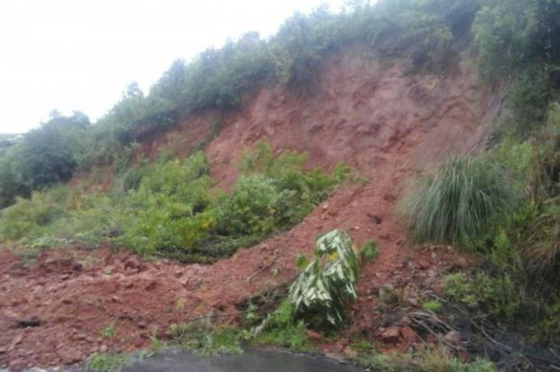 Estradas do interior de Caxias seguem bloqueadas por queda de barreiras Sandra Bonetto/divulgação