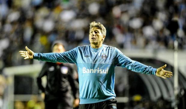 """José Augusto Barros: """"Que os desfalques não nos atrapalhem"""" Eduardo Valente/Lancepress!"""