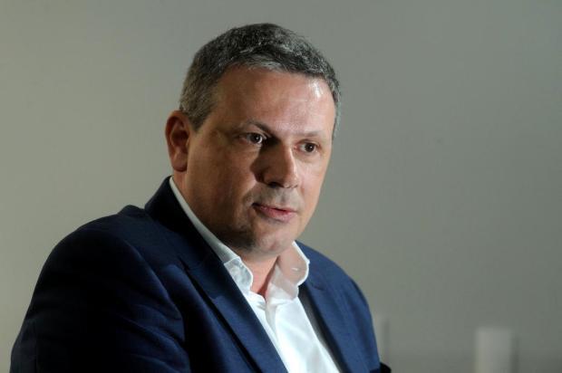 Roberto Tonietto se mostra cada dia mais sensibilizado para seguir como presidente do Juventude Diogo Sallaberry/Agencia RBS