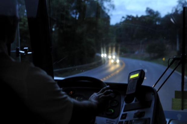 Dois ônibus intermunicipais são assaltados em Caxias do Sul Marcelo Casagrande/Agencia RBS