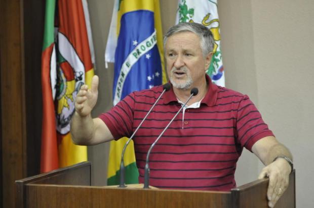 Líder do governo Alceu diz que prefeito eleito precisa ser estudado por um psiquiatra Gabriel Lain/Especial