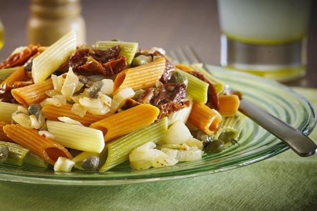 Faça salada de macarrão tricolore ao molho de limão siciliano Becel/Divulgação