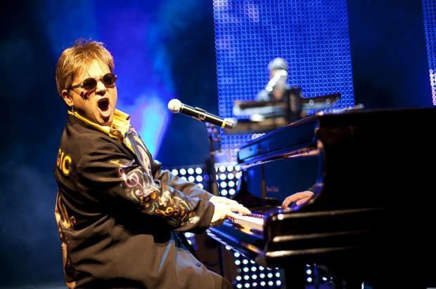 Show de Elton John Cover será nesta quinta, em Caxias Ricardo Canhoto/Divulgação