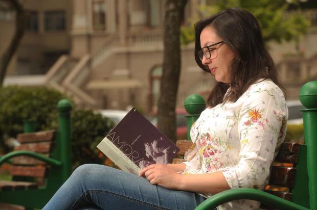 Escritora Natalia Borges Polesso, radicada em Caxias, ganha o Jabuti Diogo Sallaberry/Agencia RBS