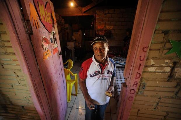 Incerteza marca rotina das famílias afetadas pela desocupação no Vila Amélia II, em Caxias do Sul Diogo Sallaberry/Agencia RBS