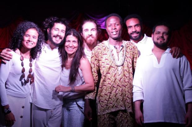 3por4: Cultura africana pauta espetáculo e workshop Marco Antonio Saretta/Divulgação