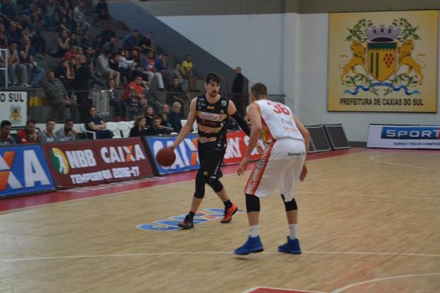Caxias Basquete tem apagão no último período e sofre a quarta derrota na competição Fernando Levinski / Caxias Basquete/ Divulgação/Caxias Basquete/ Divulgação