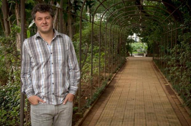 Escritor Ricardo Lísias realiza conferência em Caxias nesta terça na UCS Fernanda Fiamoncini/Divulgação