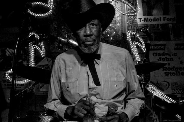 Tail Dragger volta a Caxias para mostrar o autêntico blues de Chicago no MDBF 2016 Reprodução/Reprodução