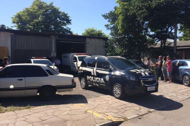 Homem mata mulher, fere enteada e se mata em Caxias do Sul Kamila Mendes / Agência RBS/Agência RBS