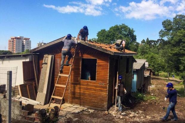 Começa remoção de casas no loteamento Vila Amélia II, em Caxias Diogo Sallaberry/Agência RBS