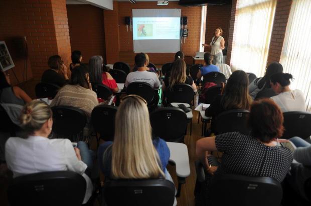 Caxias forma grupo que auxilia pais de crianças com deficiência Felipe Nyland/Agencia RBS