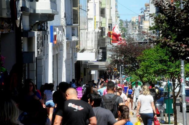 Comércio de rua da Serra abre até as 20h em dezembro Roni Rigon/Agencia RBS