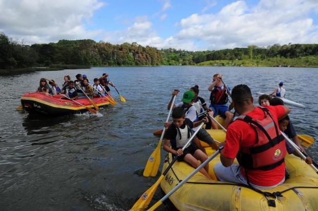 Crianças do Euzébio Beltrão de Queiroz navegam pela primeira vez neste Natal Felipe Nyland/Agencia RBS