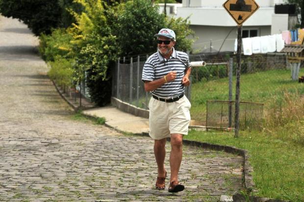 Ex-sedentário, caxiense comemora os 60 anos com caminhada de 370 quilômetros até Nova Trento-SC Diogo Sallaberry/Agencia RBS