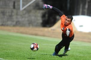 Douglas encara com tranquilidade o desafio de substituir Elias e ser o titular do gol do Juventude em 2017 Felipe Nyland/Agência RBS