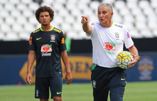 """Pedro Ernesto: """"Tite é o melhor técnico do mundo"""" CBF/Divulgação"""