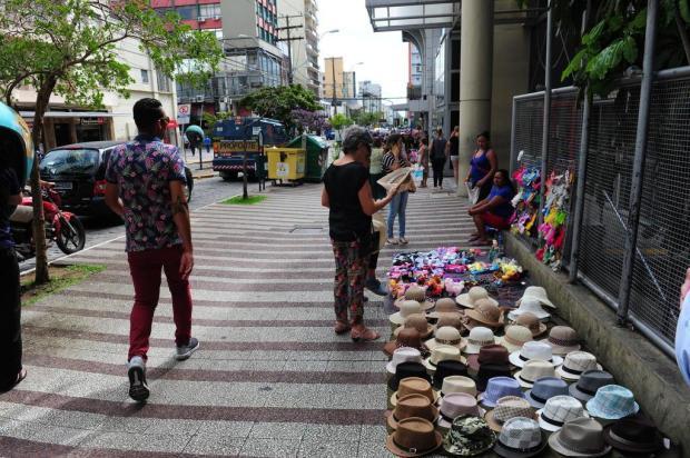 Prefeitura de Caxias do Sul organiza feira para vendedores de rua aos domingos Roni Rigon/Agencia RBS
