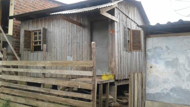 Homem é encontrado morto dentro de residência no Loteamento Vila Amélia, em Caxias Raquel Fronza / Agência RBS/Agência RBS